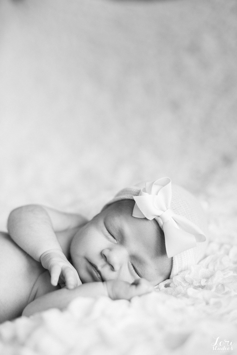newborn baby photography ancaster hamilton burlington oakville